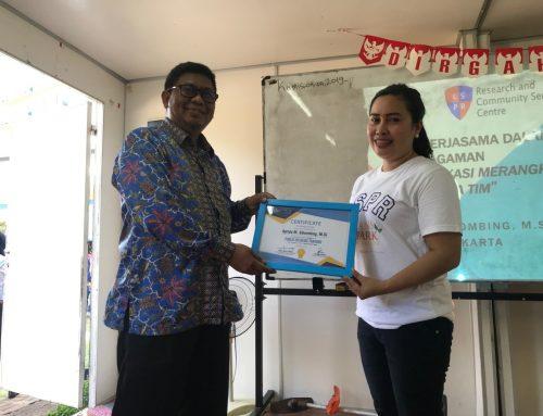 LPPM LSPR memberikan training kepada tujuh guru dan volunteer yang mengabdi pada Sekolah Rakyat Ancol 2