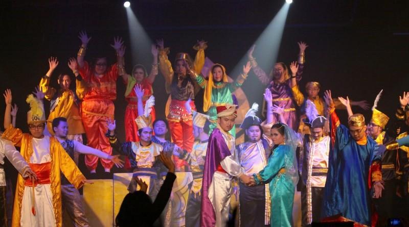 Drama Musikal Aladdin